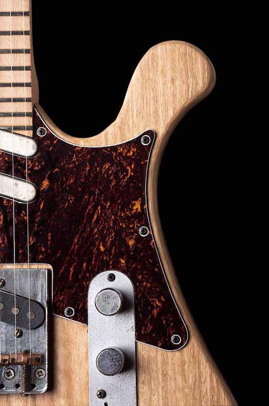 Guitarra Arnoia Detalle golpeador