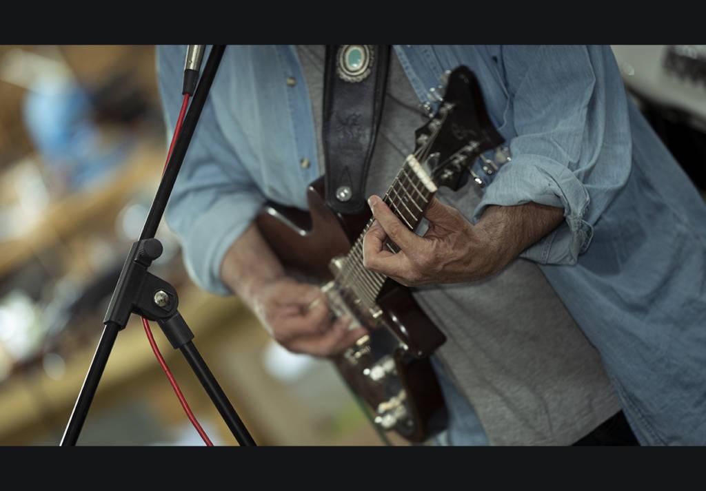 Carlos Sabrafén Luthier guitarra concierto