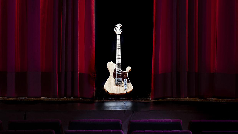 Carlos Sabrafén Luthier guitarra estrella